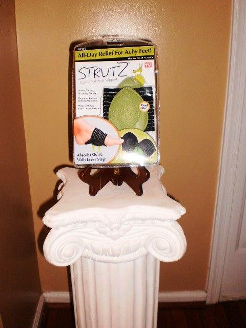 Strutz Cushions